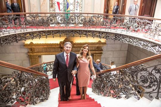 Fernando Pimentel, governador de Minas Gerais, e sua mulher, Carolina Oliveira (Foto: Divulgação)