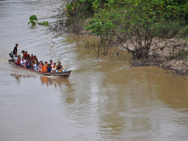 Ribeirinhos Vale do Juruá (Foto: Genival Moura/G1)