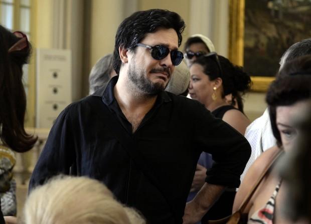 Lúcio Mauro Filho no velório de Miele (Foto: Roberto Teixeira / EGO)