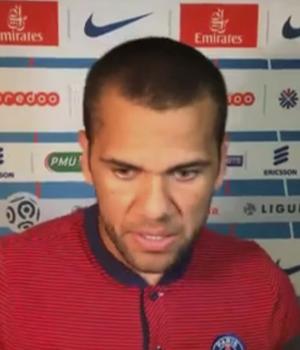 Daniel Alves, lateral do Paris Saint-Germain (Foto: Reprodução SporTV)