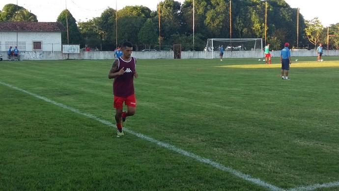 Thiago Potiguar atacante do América-RN (Foto: Jocaff Souza/GloboEsporte.com)
