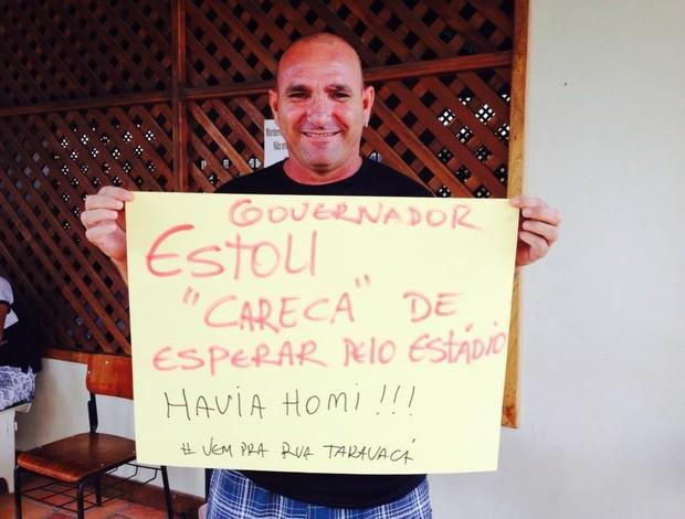 População pede entrega do estádio Naborzão, em Tarauacá (Foto: Raimundo Accioly/Arquivo Pessoal)