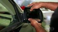 Espelhos caseiros no retrovisor podem trazer riscos