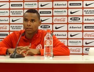 Jajá meia-atacante Inter (Foto: Tomás Hammes / GLOBOESPORTE.COM)