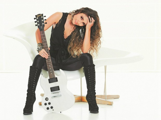 A cantora Paula Fernandes (Foto: Guto Costa/Divulgação)