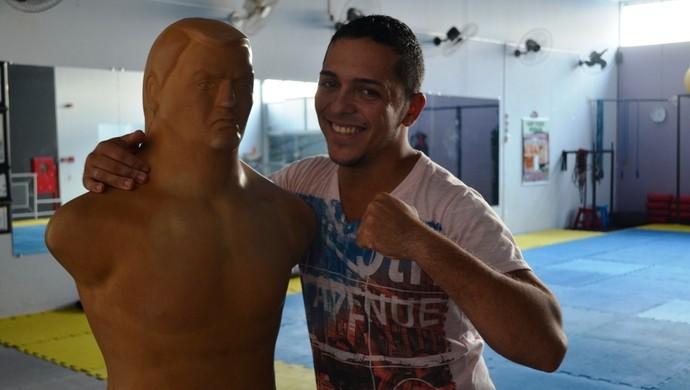 Junior Oliveira revela desejo de ser o número 1 em organização de eventos de MMA (Foto: Lauane Sena)