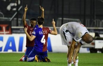 """Martelotte valoriza vitória sobre o líder: """"Ganhar aqui do Vasco não é fácil"""""""