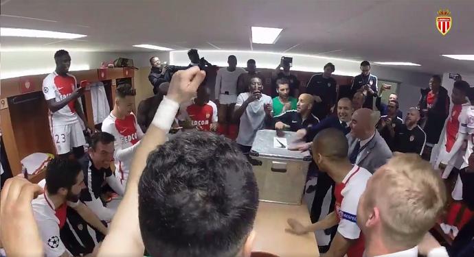 BLOG: Só festa! Monaco divulga vídeo do elenco no vestiário após vitória sobre City