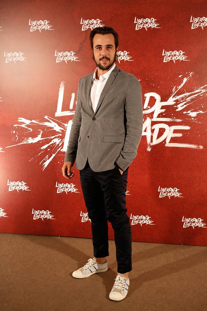 Bruno Ferrari investiu em look despojado (Foto: Fabiano Battaglin/Gshow)