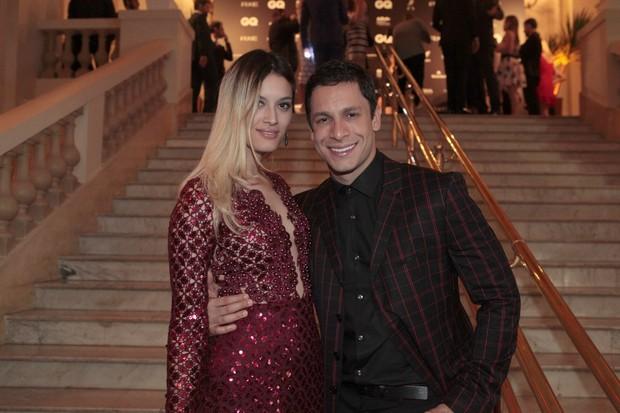 Taianne Raveli e Rainer Cadete  (Foto: Isac Luz / EGO)