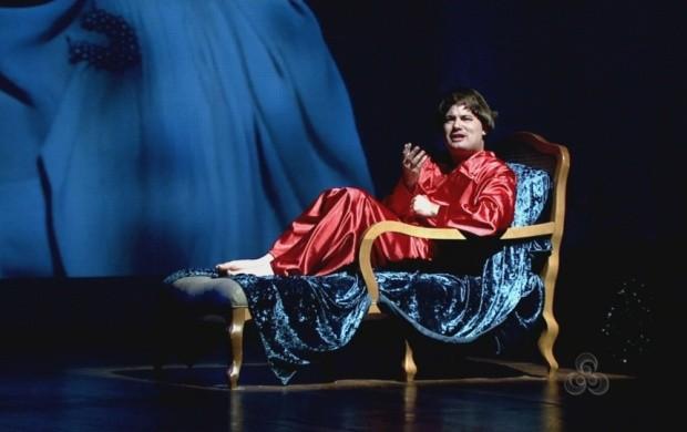 Ator Thiago Sardenberg apresenta espetáculo teatral em Boa Vista (Foto: Roraima TV)