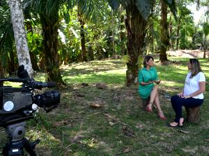 Apresentadoras gravaram a despedida nesta quarta-feira (01) (Foto: Hellen Monteiro/ Rede Amazônica)
