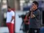 """Substituto de Jair revela combinado: """"Em todo ataque, tinha que finalizar"""""""