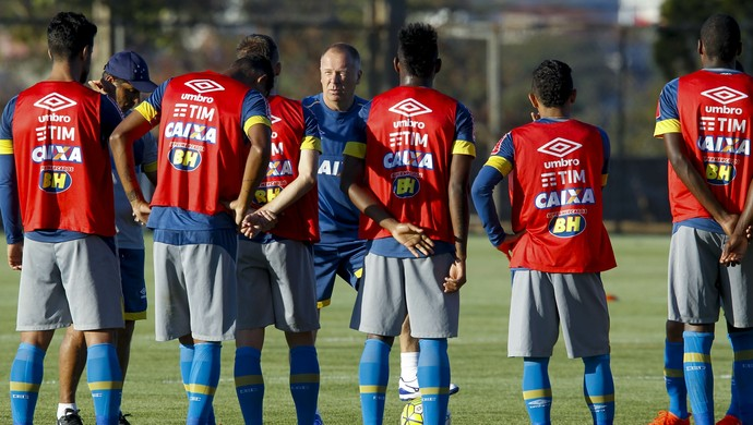 Mano Menezes; Cruzeiro (Foto: Light Press)