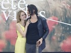Isabelle Drummond se emociona com surpresa do namorado Tiago Iorc