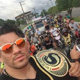 Ronys Torres participa de carreata (Foto: Arquivo Pessoal)