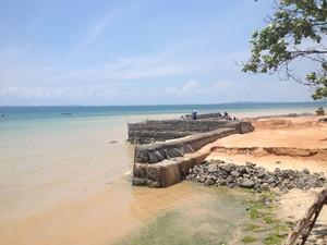 Pedra Furada desponta como a praia mais imprópria de Salvador (Foto: Ruan Melo/G1)