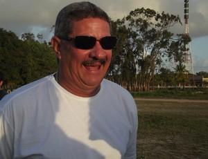 Pedrinho Albuquerque, técnico do Alecrim (Foto: Tiago Menezes)