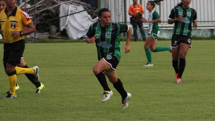 Paulinha fez um gol no empate de 1 a 1 (Foto: Marcos Dantas)