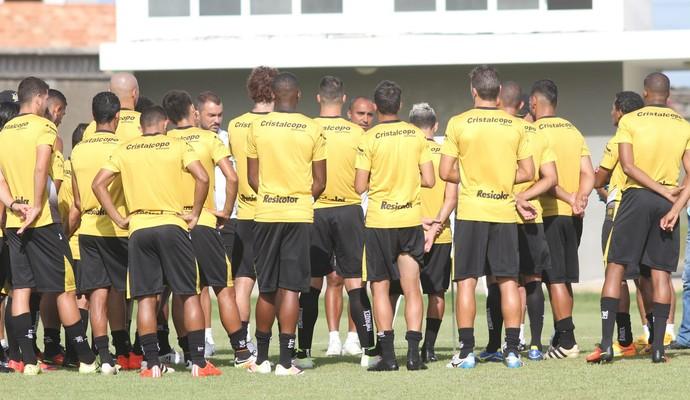 Criciúma apresenta (Foto: Fernando Ribeiro/www.criciuma.com.br)