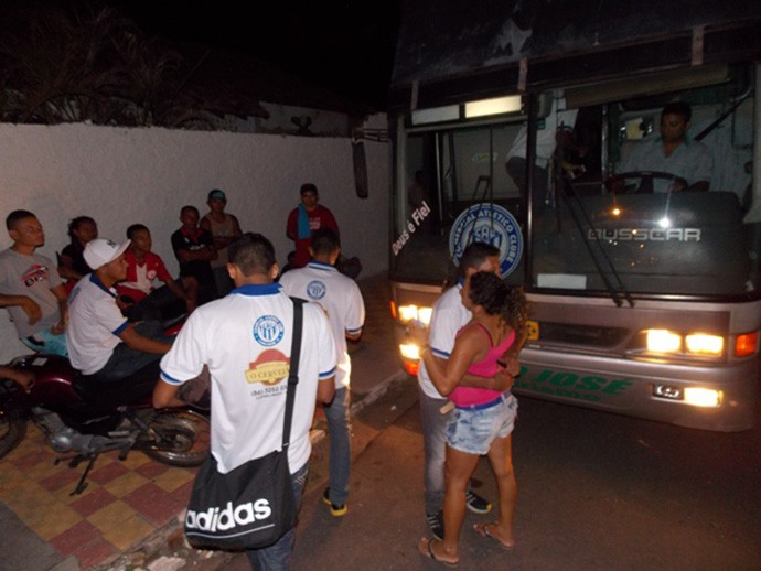 embarque Comercial-PI para a Copinha 2015 (Foto: Otávio Neto/Campo Maior Em Foco)