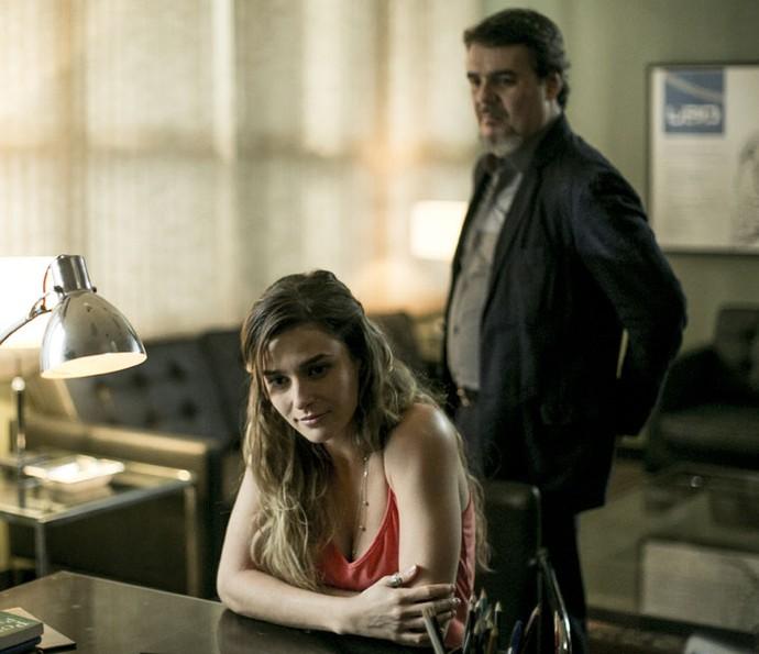 Sara fará de tudo para seduzir Heitor em Justiça (Foto: Ellen Soares/Gshow)