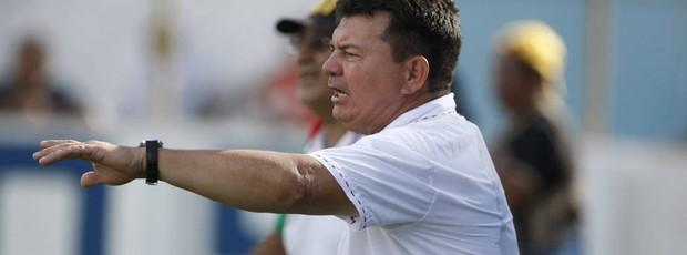 Fran Costa coloca a sua experiência à serviço do Paragominas (Foto: Marcelo Seabra/O Liberal)