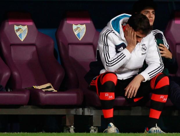 Casillas banco real madrid (Foto: Reuters)