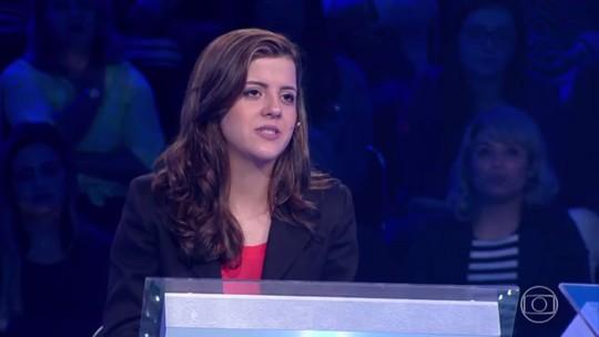 'Quem Quer Ser Um Milionário': estudante erra pergunta sobre política e sai com R$ 5 mil