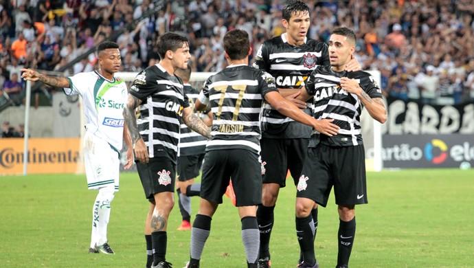 Fágner, Balbuena e Gabriel, Luverdense x Corinthians (Foto: Futura Press)