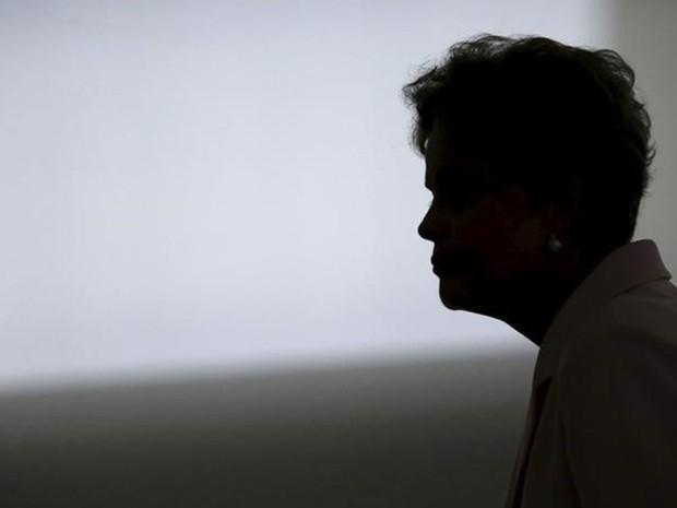 Dilma Rousseff, no Palácio do Planalto; a presidente deixou a reforma ministerial para depois da viagem aos EUA (Foto: Reuters)