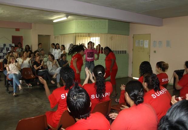 Projeto Se Cuida é implantado no Complexo Penitenciário Feminino Estevão Pinto em Minas Gerais (Foto: Bernardo Carneiro/Divulgação)