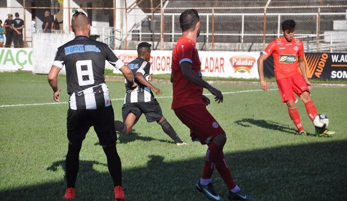 Social e Tupynambás se enfrentaram no Luizão, na última rodada do módulo 2 do Mineiro (Foto: Breno Veríssimo/GE)