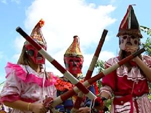 Folia de Reis é tradição no noroeste paulista no começo do ano (Foto: Reprodução / TV Tem)