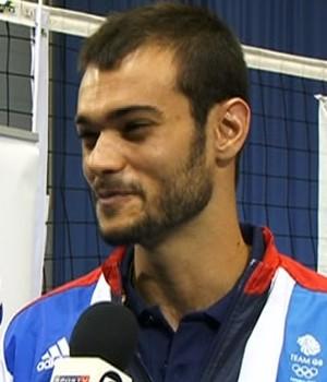 Mark Plotyczer, brasileiro que atua na seleção masculina de vôlei da Grã-Bretanha (Foto: Reprodução/SporTV)