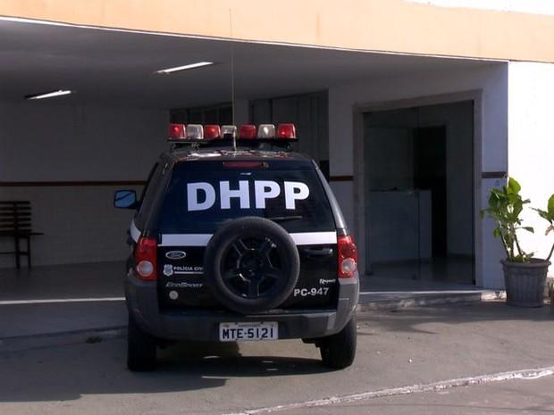 Divisão de Homicídios e Proteção a Pessoa (DHPP), em Vitória (Foto: Reprodução/ TV Gazeta)