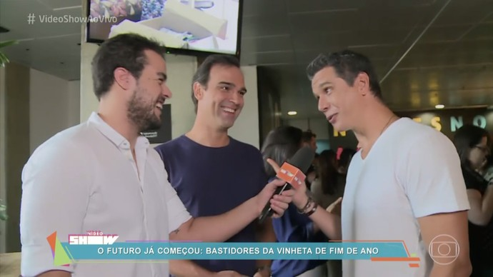 Bastidores da gravação da mensagem de fim de ano da Globo (Foto: TV Globo)