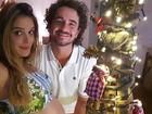Rafa Brites exibe barrigão de grávida ao lado de Felipe Andreoli: 'Feliz Natal'