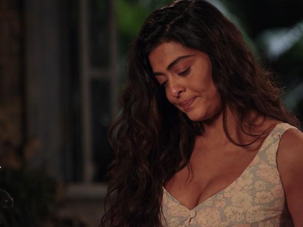 Gabriela chora baixinho (Foto: Gabriela/TV Globo)