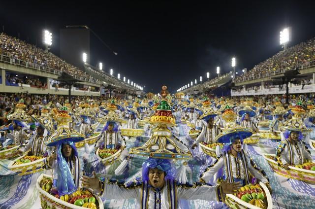 Desfile da Portela, campeão do carnaval do Rio de 2017 (Foto: Guito Moreto)