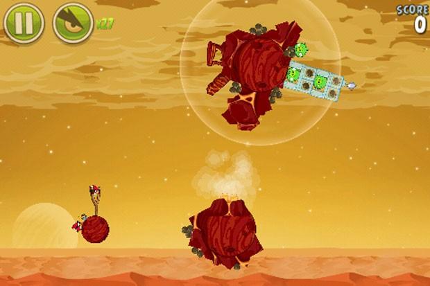 Novas 20 fases de 'Angry Birds Space' são inspiradas em Marte (Foto: Reprodução)