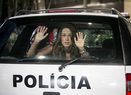 Tancinha é presa, depois de invadir festa de Fedora