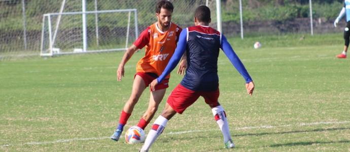bahia;treino; cicinho (Foto: EC Bahia / Divulgação)