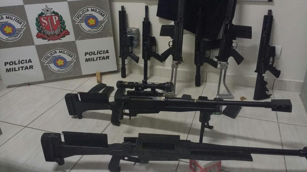 Armas foram apreendidas em Teodoro Sampaio (Foto: Cedida/Polícia Militar)