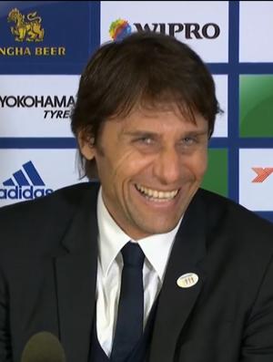 Antonio Conte, técnico do Chelsea (Foto: Reprodução SporTV)