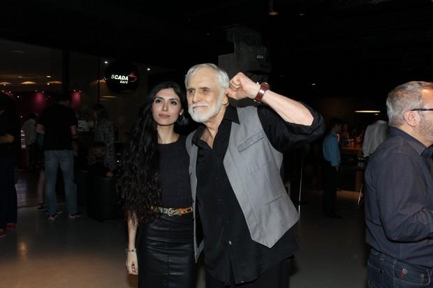 Francisco Cuoco e a namorada, Vitória Strada (Foto: Ag. News)