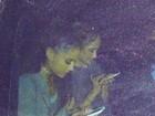 Ariana Grande é fotografada ao sair de madrugada da casa de Niall Horan