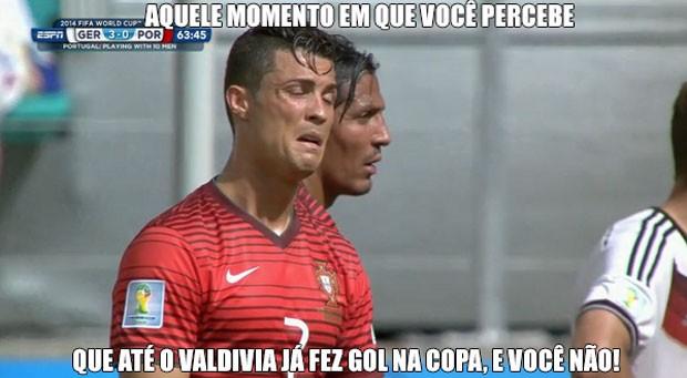Cristiano Ronaldo não fica feliz com derrota de Portugal para a Alemanha (Foto: Reprodução)