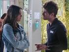 Benjamin tenta reatar com Mari, mas acaba levando fora: 'Você é um galinha'