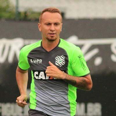 Zé Love Figueirense (Foto: Luiz Henrique/Figueirense FC)